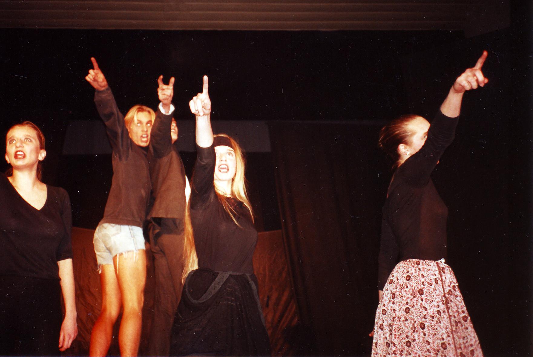 1991 Ceremonie 003.tiff